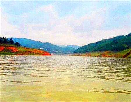 梦幻万峰湖   野钓天堂    圆我米级翘嘴梦的圣地 老鬼饵料钓翘嘴