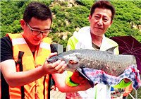 《筏钓江湖》第二季29期 张小鱼三坡湖黑坑筏钓中大鱼