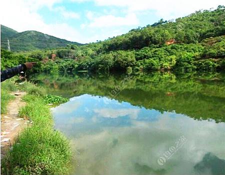 三和,山河碧桂园河里野钓。