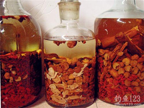 最简单的中药鱼饵 丁香油的两种制作方法-轻博客