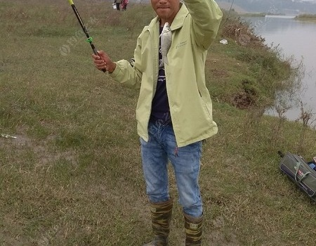 钓鱼的时光总是……