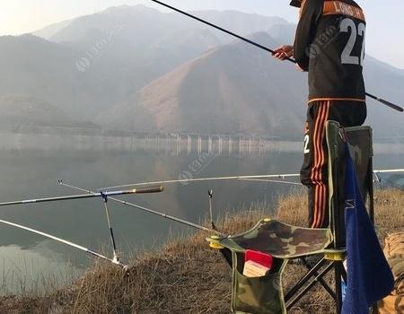 汉源湖复仇之旅 龙王恨饵料钓鲫鱼