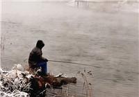 冬季雪天钓鱼所用技巧解析