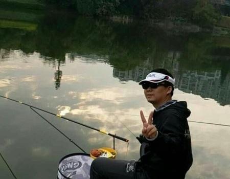 广州南湖库钓大土鲮,寄情山水间,一杆一世界 化氏饵料钓鲮鱼