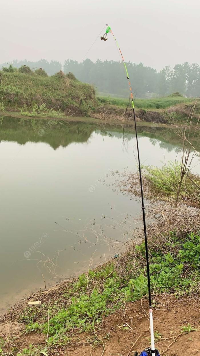 关桥钓鱼塘