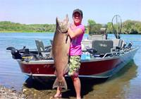 高清钓鱼图片 那些淡水经常被钓获的巨物
